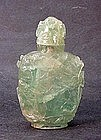 CHINESE CARVED GREEN QUARTZ SNUFF BOTTLE