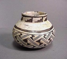 Pindale Jar
