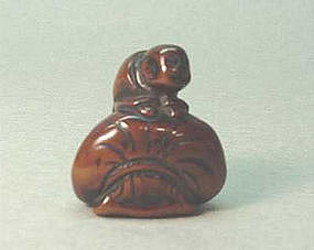 18TH C. JAPANESE WOOD NETSUKE