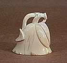 19TH CENTURY JAPANESE CARVED IVORY NETSUKE