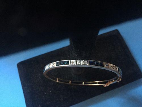 18k Gold Sapphire + Diamond Bangle ~11Gr