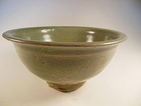 Song Celadon crackled glaze bowl
