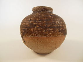 Song Dynasty Brown Glaze Jarlet