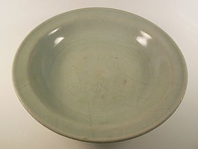 Ming Dynasty light green glaze charger