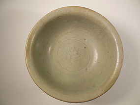 Song Dynasty celadon bowl
