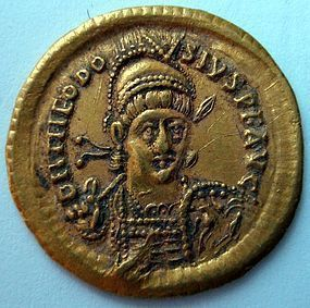 A LATE ROMAN/ EARLY BYZANTINE GOLD SOLIDUS