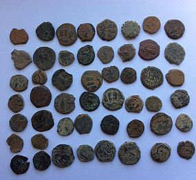 A LOT OF 50 UNCLEANED BIBLICAL COINS FROM THE HOLY LAND
