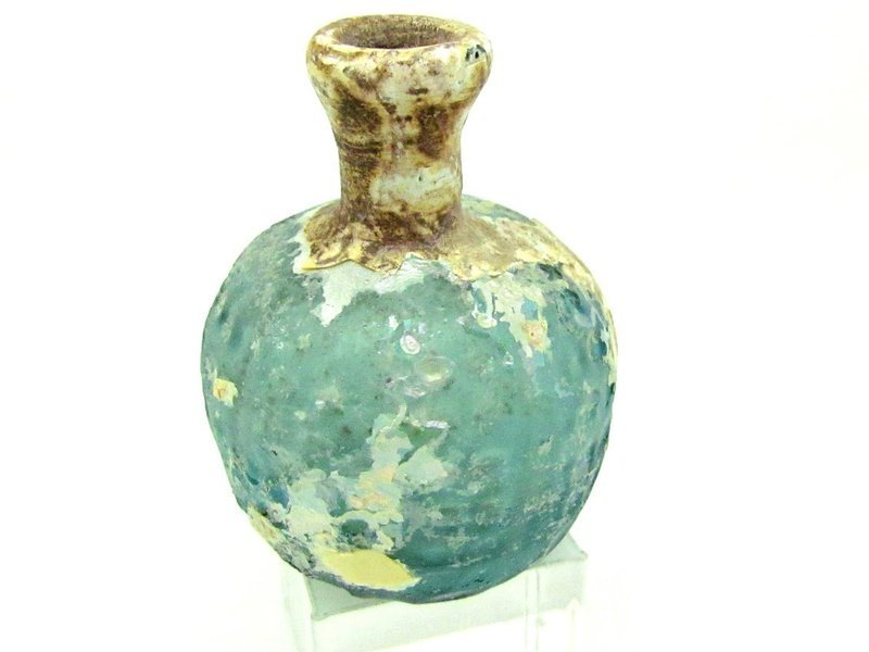 A ROMAN TURQOUISE GLASS BOTTLE
