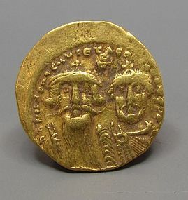 A BYZANTINE GOLD SOLIDUS OF HERACLIUS