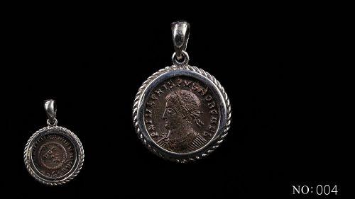 A ROMAN FOLLIS OF CRISPUS IN SILVER PENDANT