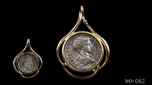 A ROMAN DENARIUS OF GETA IN 14K GOLD TREFOIL PENDANT
