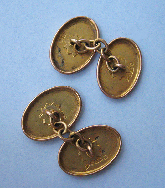 English Engraved Gold Cuff Links, 1925