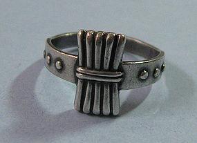 Sterling Ring, Vertical Design