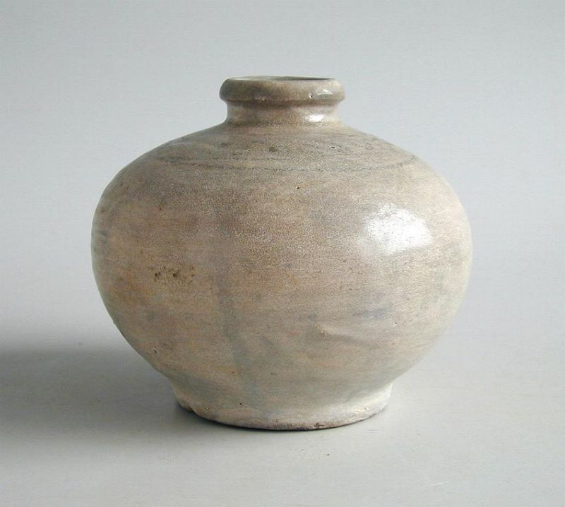 Thai 14th - 15th Century Sukhothai Underglazed Jar