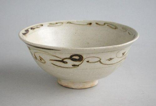 Vietnamese 13th -14th Century Underglazed Stoneware Bowl