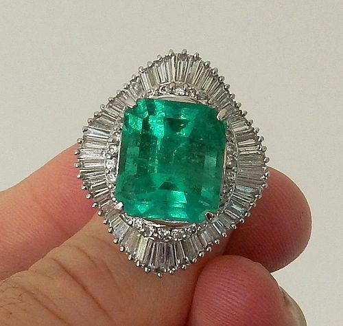 Magnificent 14/58ct Colombia Emerald Platinum Ring GIA
