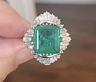 Closeout 4.85ct Colombia Emerald & Diamond Platinum Ring