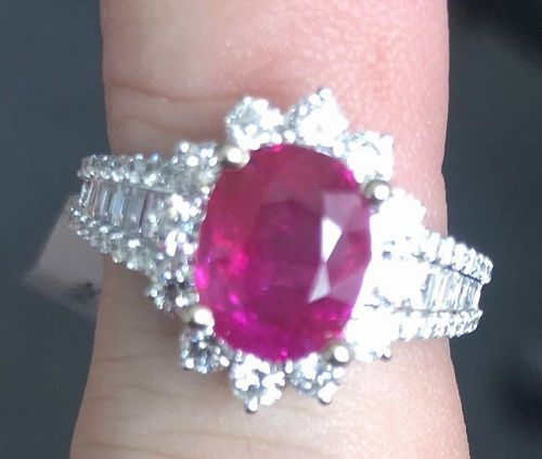 Beautiful Unheated Burma 3.11ct Ruby & Diamond Ring GRS Cert