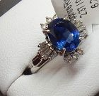 Delightful 2.37ct Blue Sapphire Platinum & Diamond Ring