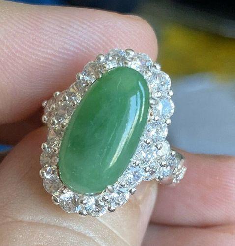 Most Attractive 3.50ct Burma Grade A Jadeite Jade & Certificate