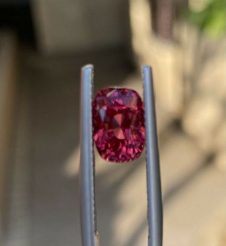 Magnificent 3.64ct Red Spinel & Lotus Certificate