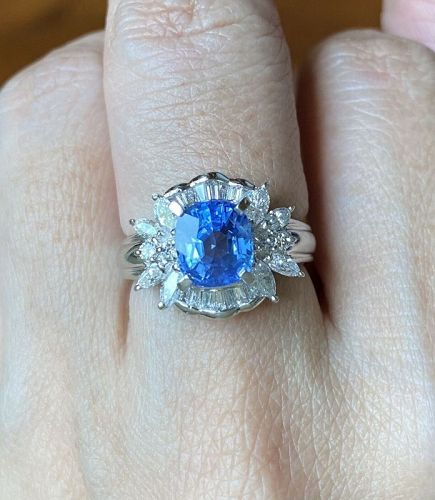 Superb Unheated 2.92ct Burma Blue Sapphire Platinum Rin Lotus Cert