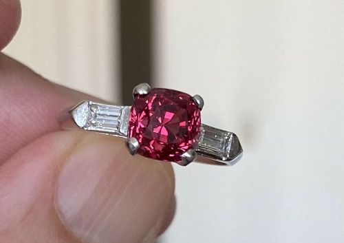 A Fine Art Deco Burma 2.63ct Red Spinel & Diamond Ring & Certificate