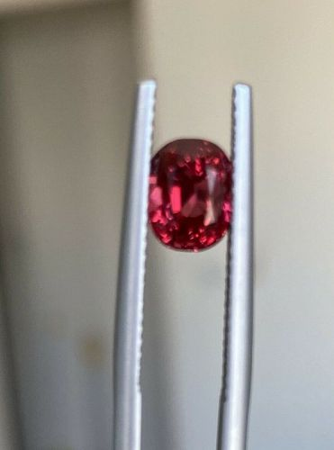 Beautiful 2.03ct Burma Red Spinel & Lotus Certificate