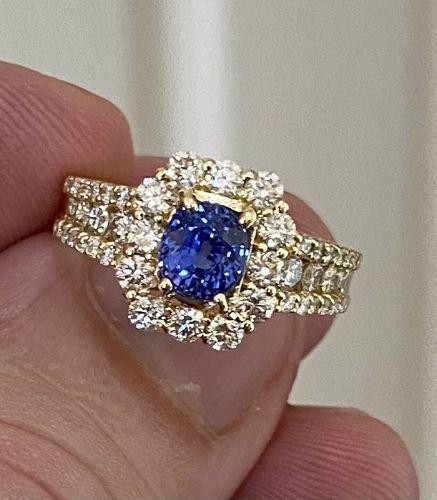 Superb Unheated 1.34ct Blue Sapphire 18k Diamond Ring