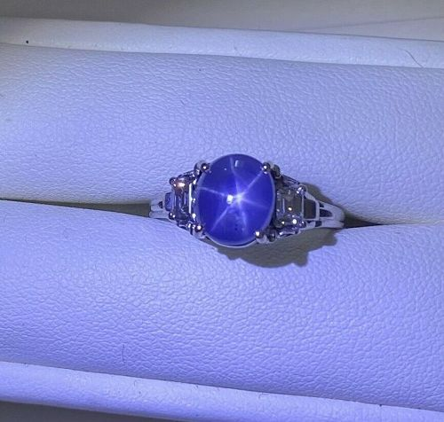 A Vintage Unheated Burma 3.93ct Star Sapphire Platinum Ring & Cert