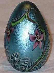 Orient & Flume Iridescent Blue Egg - 1979