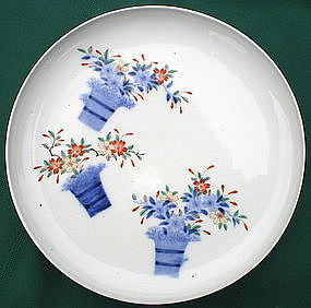 Five Kakiemon Porcelain Plates - Flower Baskets