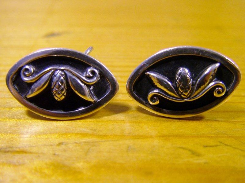Laurence Foss for Georg Jensen screwback earrings