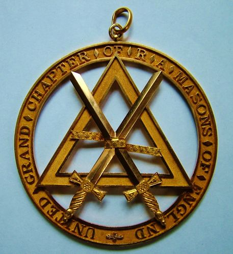 Masonic Grand Sword bearer's jewel, gold