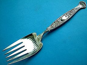 Large and massive Whiting HYPERION serving fork