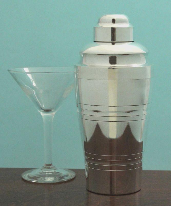 Art Deco Cocktail Shaker with Citrus Juicer