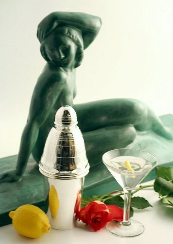 Acorn Finial Cocktail Shaker