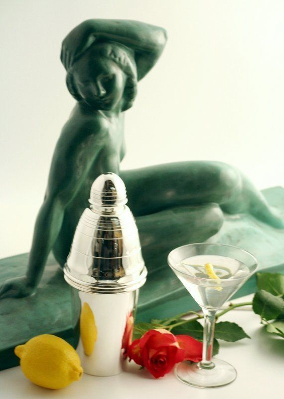 Acorn Finial Cocktail Shaker