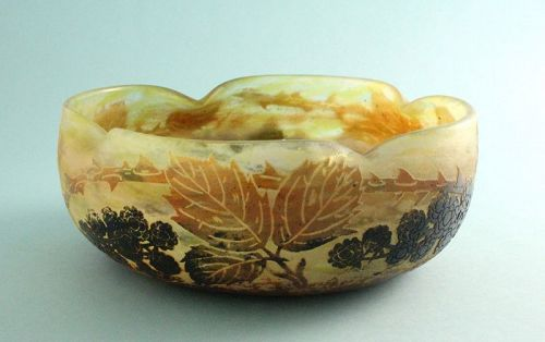Daum Nancy Cameo Glass Bowl