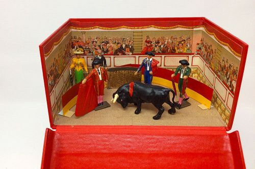 CBG Mignot Toy Soldier La Corrida  Bullfighting  Diorama