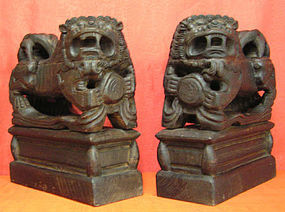 Chinese Mythological Guardian Lion Pair