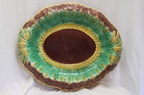 Majolica bread plate or tray