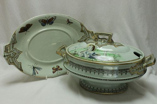 Pinder, Bourne & Co. hand coloured and gilded sauce tureen on stand