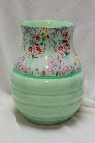 Shelley Melody chintz vase - pattern 8809