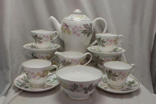 Shelley coffee set Columbine pattern no. 13922