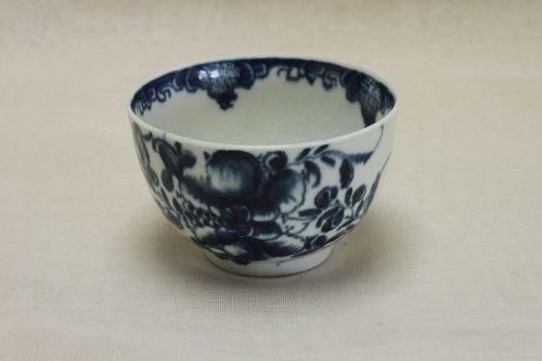 First period Worcester tea bowl Mansfield pattern