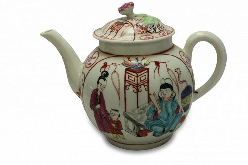 First period Worcester hand painted teapot