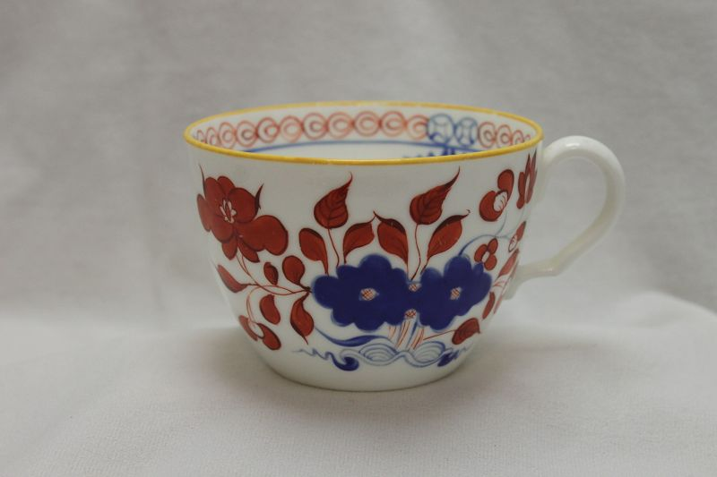 Spode bute shape cup decorated with pattern 488.