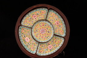 Antique Chinese Decorated Sweetmeat Tray in wooden Case