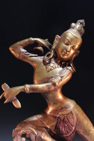 STUNNING THAI BRONZE FEMALE DANCER FIGURE, EARL 20TH C.